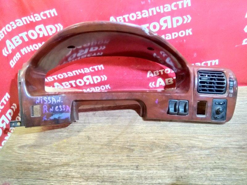 Козырек панели приборов Nissan Rnessa N30 SR20DE 68240-5V-000