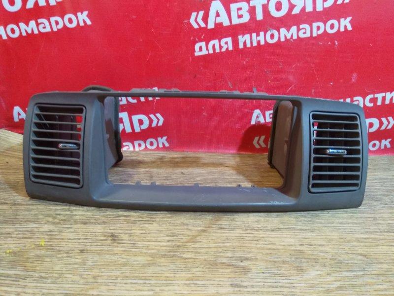 Рамка магнитофона Toyota Corolla ZZE122N 1ZZ-FE 55406-12360