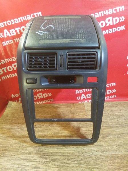 Рамка магнитофона Toyota Ipsum SXM10G 3S-FE 1998 с бардачком