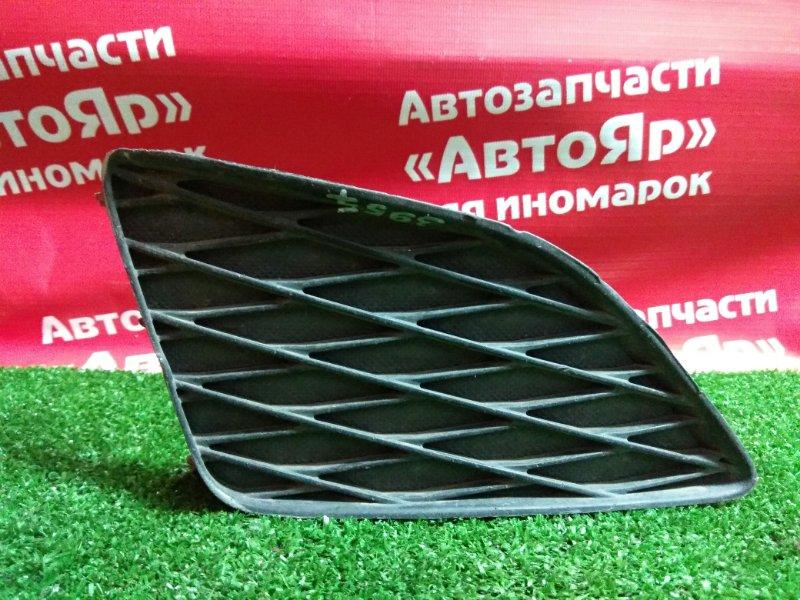 Заглушка бампера Toyota Corolla ZRE151 81481-12080, правая, с 08-10г.