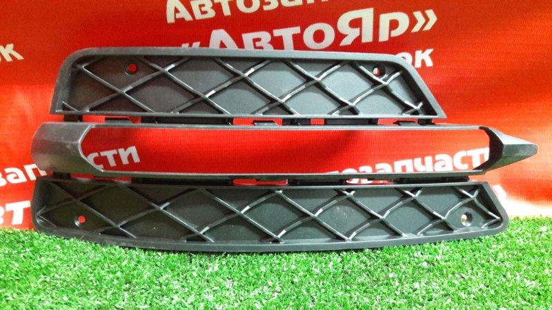 Заглушка бампера Mercedes C280 W204 левая A2048851353, оправа туманки с 2007
