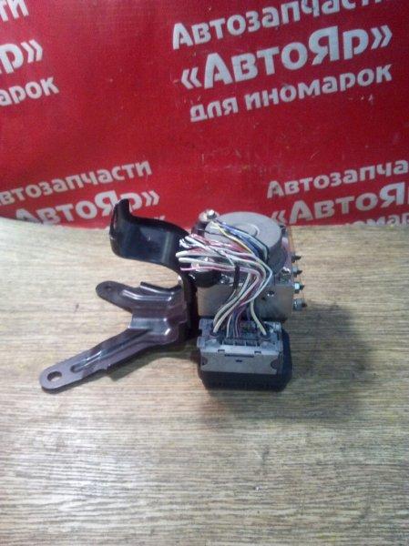 Блок abs Toyota Voxy ZRR70G 3ZR-FE 10.2007 44510-28160