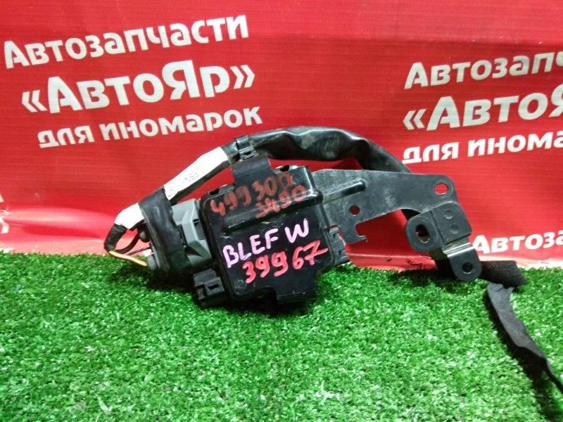 Блок управления вентилятором охлаждения Mazda Axela BLEFW LF-VDS 2010 499300-3490