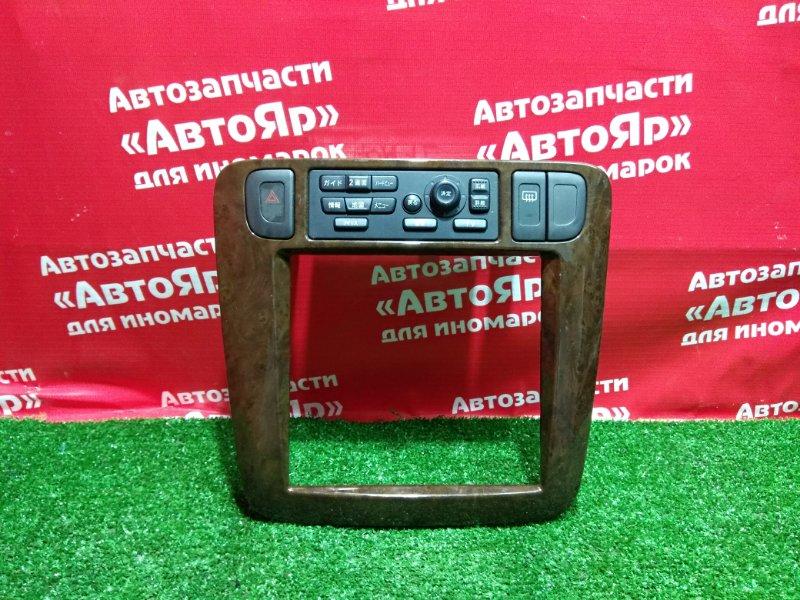 Рамка магнитофона Nissan Liberty RM12 QR20DE 04.2002 68260 WF100 + блок управл TV