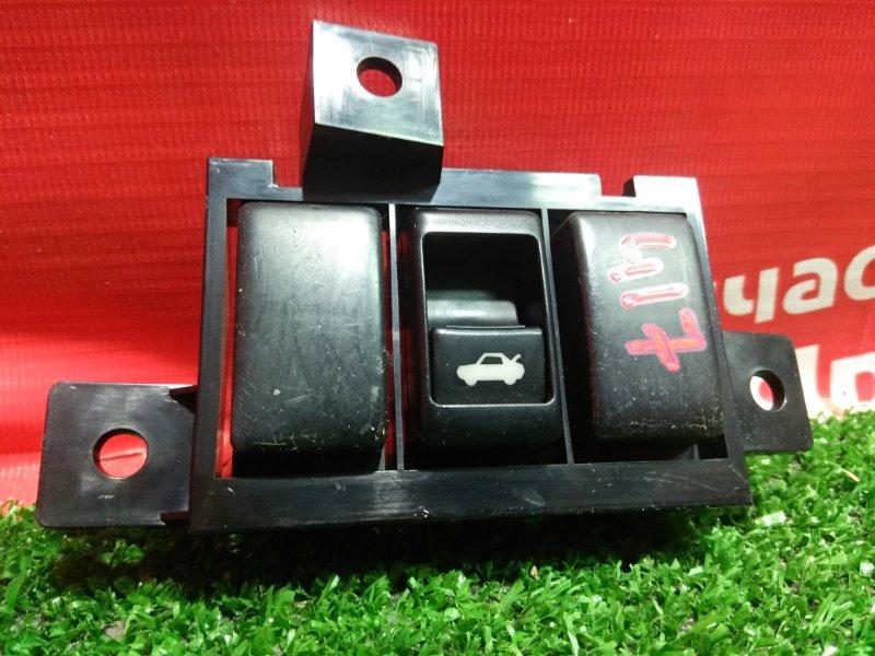 Кнопка Nissan Skyline V36 VQ25HR 11.2006