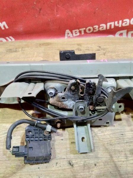 Тросик капота Nissan Note E11 HR15DE 09.2009