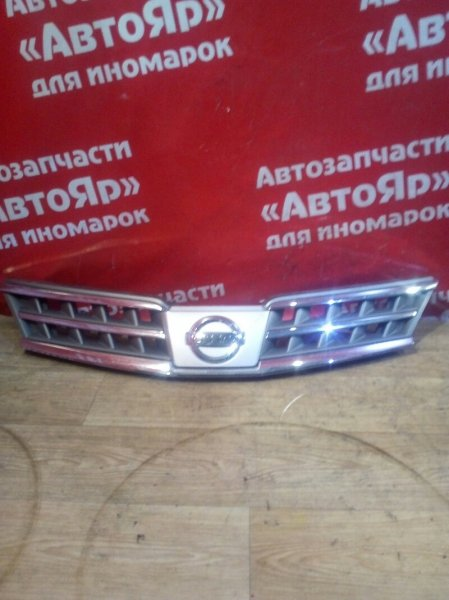 Решетка радиатора Nissan Tiida Latio SC11 HR15DE 05.2009 цельная, 2-я модель