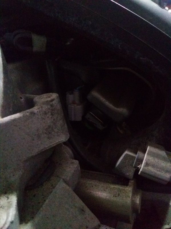 Форсунка Nissan Tiida C11 HR15DE 03.2009 комплект 4шт. с рампой