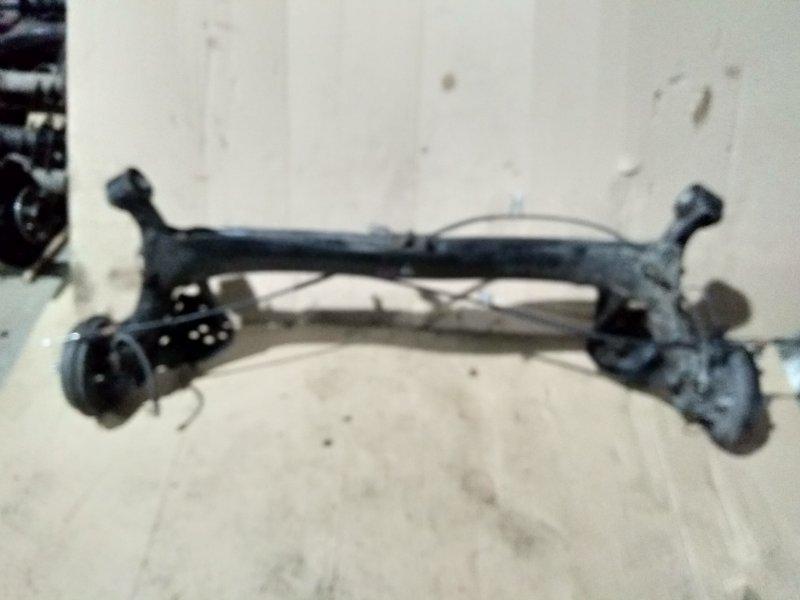 Балка поперечная Honda Insight ZE2 LDA 2009 задняя в сборе + тросы ручника.