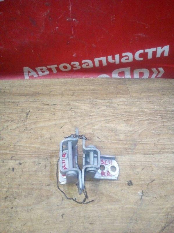 Петля дверная Nissan Tiida Latio SC11 HR15DE 05.2009 задняя правая 2шт комплект