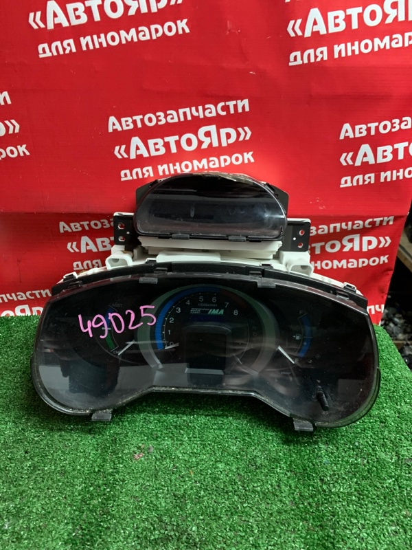 Комбинация приборов Honda Insight ZE2 LDA 2009 78100-TM8-J113-M1 дефект крепления монитора