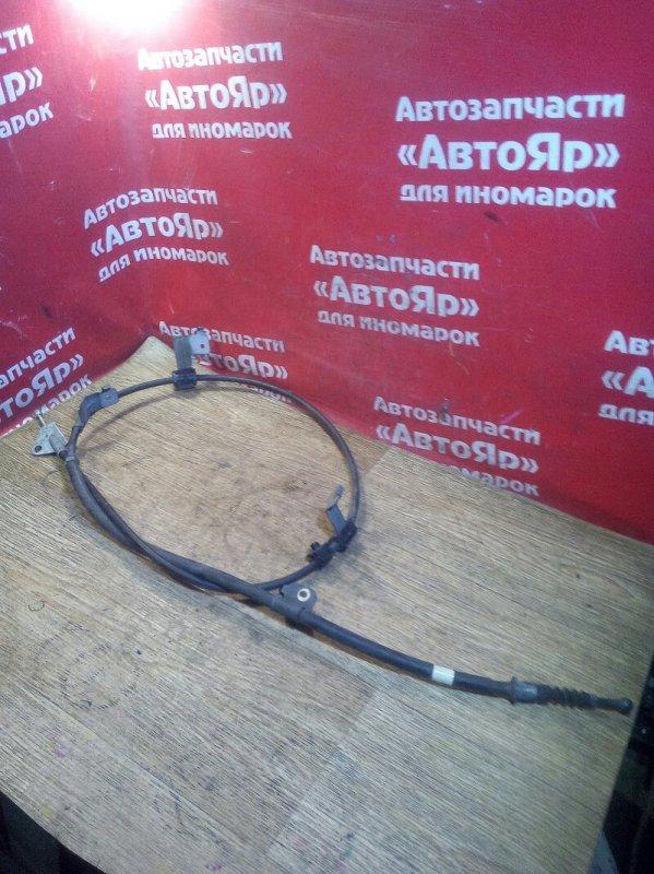 Тросик ручника Toyota Auris ZRE152H 2ZR-FE 10.2006 задний левый
