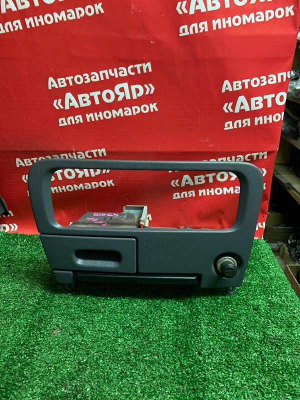 Рамка магнитофона Toyota Liteace Noah KR42V 7K-E 01.2004 рамка+прикуриватель+подстаканник. 55413-28030