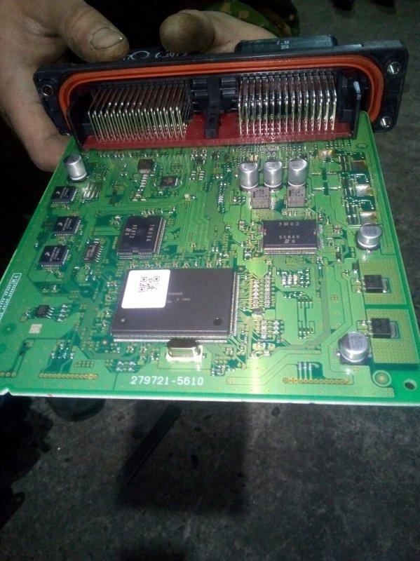 Блок управления efi Mazda Axela BL5FP ZY-VE 07.2010 279721-5610