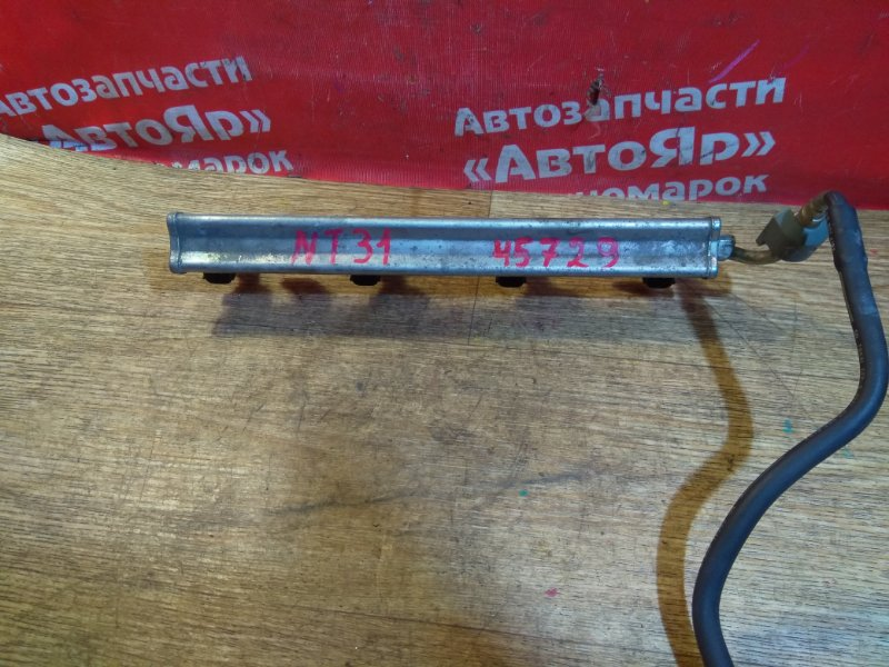 Форсунка Nissan X-Trail NT31 MR20DE 03.2008 комплект 4шт. с рампой 16600-EN200