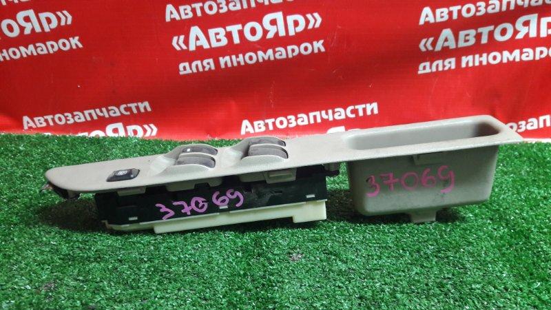 Блок управления стеклоподъемниками Mitsubishi Dingo CQ2A 4G15 2000.02