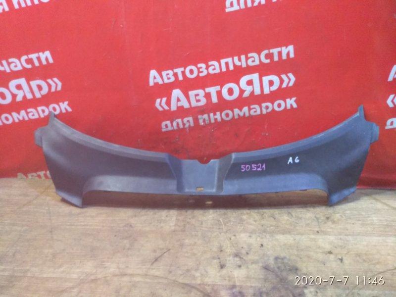 Накладка на телевизор Audi A6 4F2 AUK 2005 4f0807081