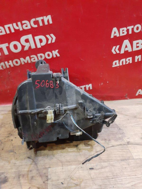 Корпус вентилятора отопителя Suzuki Jimny JB23W K6A дефект крепления.