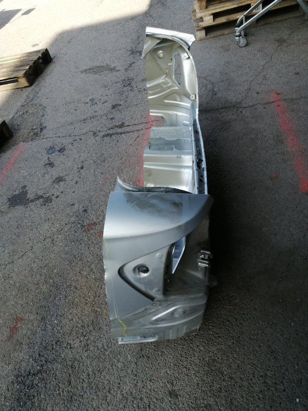Панель кузова задняя Toyota Premio NZT240 1NZ-FE 04.2005 2-я модель