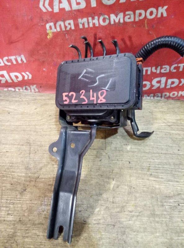 Блок abs Honda Civic Ferio ES1 D15B 2001 400E04-001H