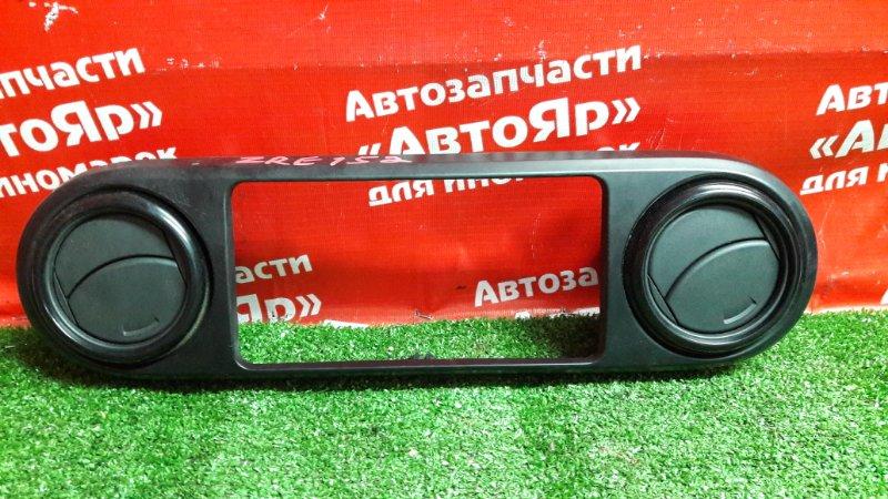 Рамка магнитофона Toyota Corolla Rumion ZRE152N 2ZR-FE 01.2008