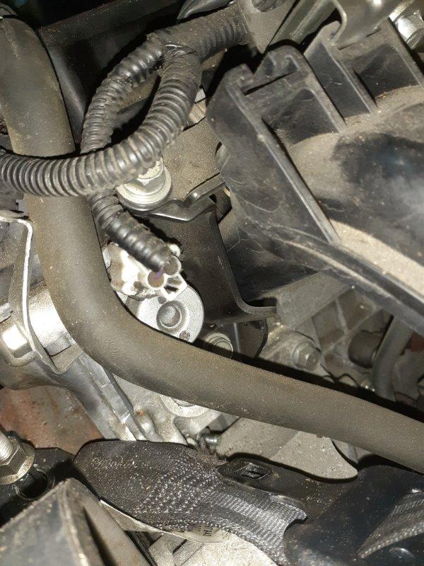 Клапан vvti Mitsubishi Lancer X CX3A 4B10 03.2010 1028A021