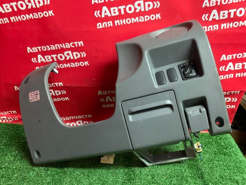 Накладка пластиковая в салон Mitsubishi Airtrek CU4W 4G64 торпедо