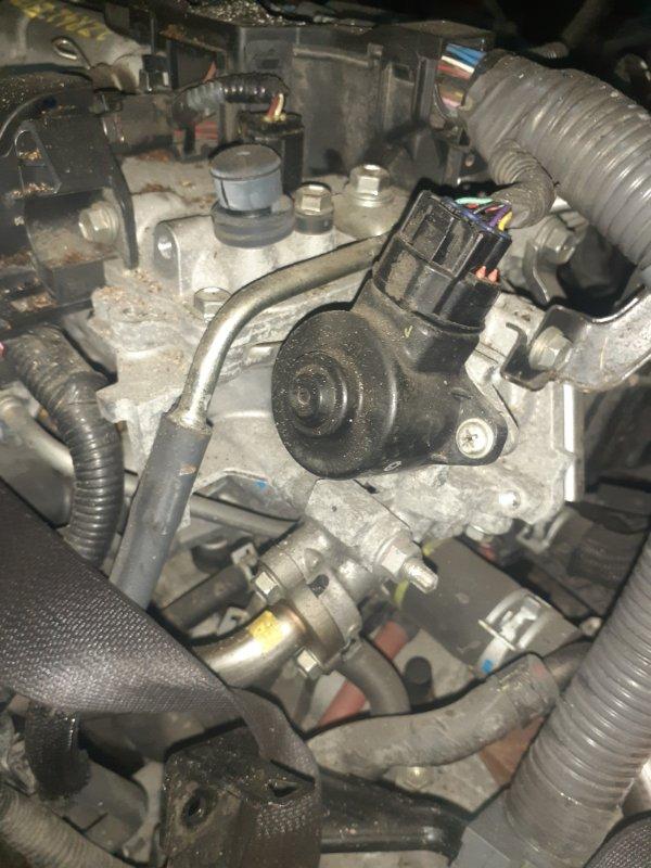 Клапан egr Toyota Prius ZVW30 2ZR-FXE 04.2009