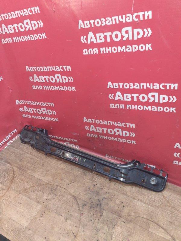 Кронштейн бампера Bmw 525I E60 N52B25A 04.2005 задний 51127056343, седан.