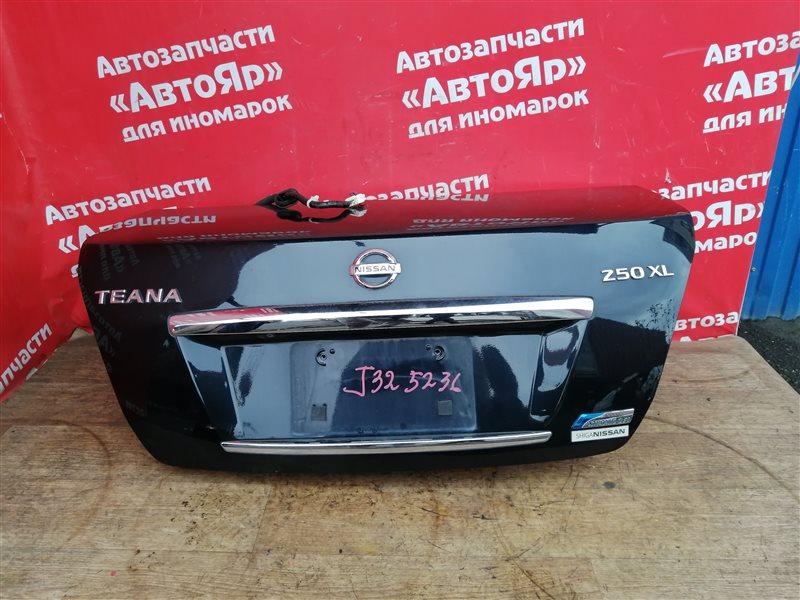 Крышка багажника Nissan Teana J32 VQ25DE 03.2009 с камерой, код краски B20. дефект на фото.