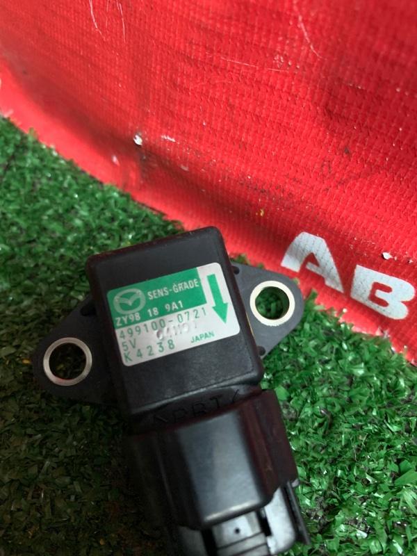 Датчик Mazda Demio DE3FS ZJ-VE 05.2010 499100-0721 датчик замедления