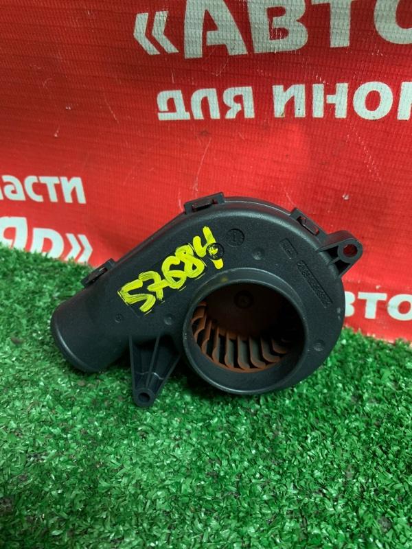 Вентилятор электрический Bmw 323I E90 N52B25A 10.2005 7547141