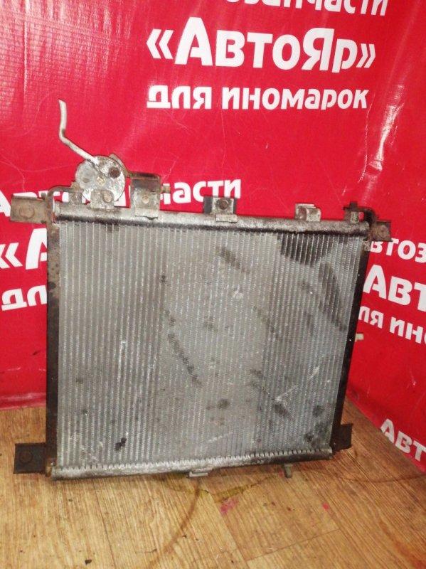 Радиатор кондиционера Nissan Vanette SK82MN F8 11.2000