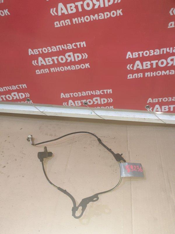 Датчик abs Toyota Avensis AZT250W 1AZ-FSE 01.2007 передний правый