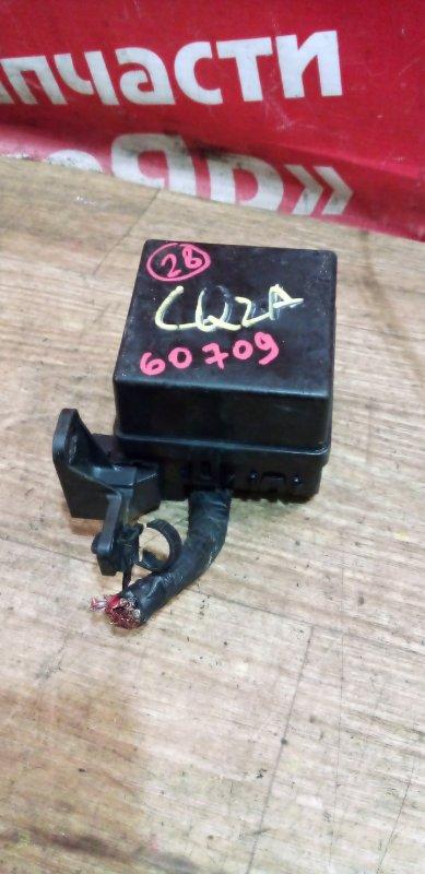 Блок предохранителей Mitsubishi Dingo CQ2A 4G15 02.1999 маленький