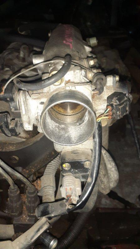 Заслонка дроссельная Toyota Caldina ST215G 3S-FE 12.2000 ДПЗ сломан, ДХХ 22270-74350