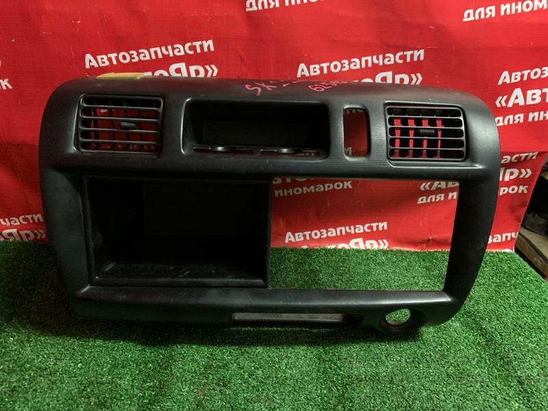 Рамка магнитофона Mitsubishi Delica SK22MM R2 2001