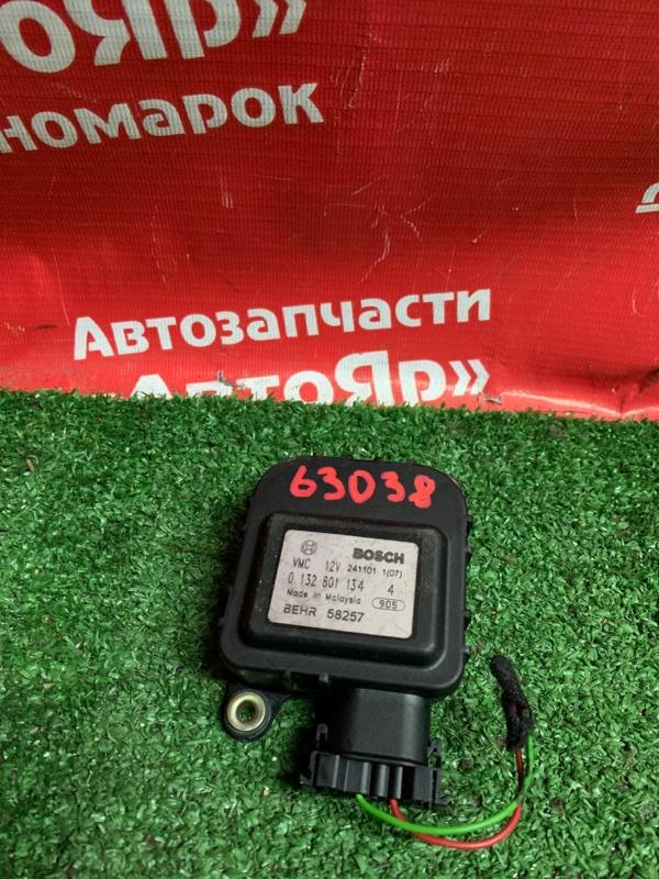 Привод заслонок отопителя Subaru Traviq XM220 Z22 2002 0132801134 4