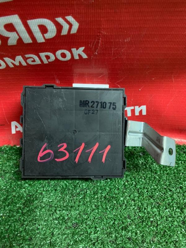 Блок управления Mitsubishi Delica Space Gear PD8W 4M40-T 07.1997 mr271075