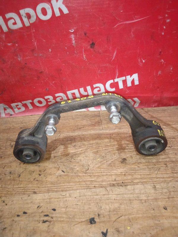 Подушка редуктора Nissan X-Trail NT30 QR20DE 02.2005 задняя