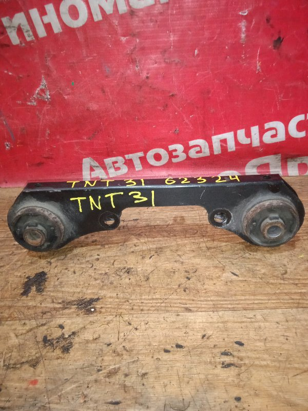 Подушка редуктора Nissan X-Trail TNT31 QR25DE 01.2008