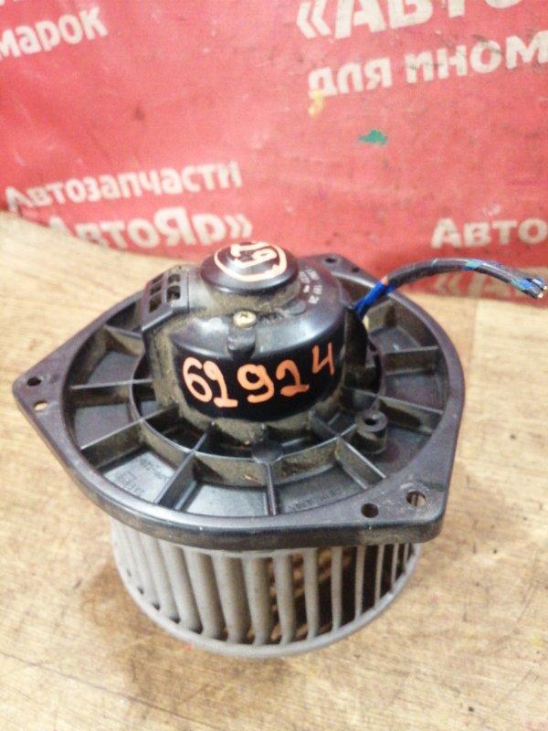 Вентилятор (мотор отопителя) Mitsubishi Delica SK22MM R2 2001 2конт
