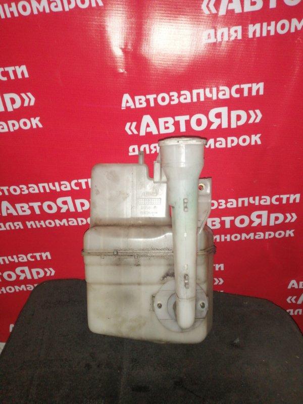 Бачок стеклоомывателя Mitsubishi Delica Space Gear PD8W 4M40-T 07.1997 на 1 моторчик, в сборе с