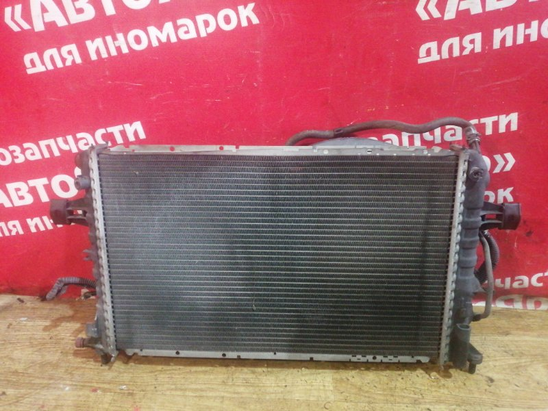Радиатор основной Subaru Traviq XM220 Z22 2002 в сборе. АКПП. 1300216