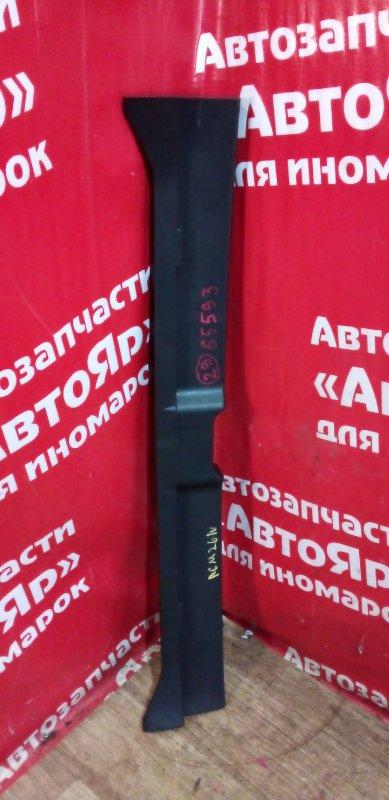 Накладка багажника Toyota Ipsum ACM26W 2AZ-FE 03.2004 67935-44020