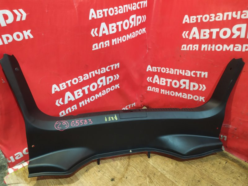 Накладка багажника Mazda Axela BK5P ZY-VE 09.2007 Седан