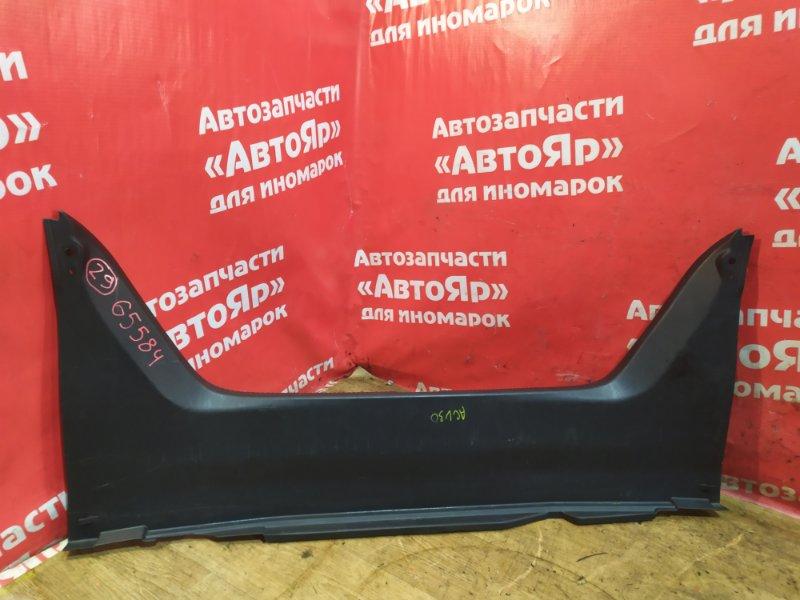 Накладка багажника Toyota Camry ACV30 2AZ-FE 10.2003 потертость .58387-33070
