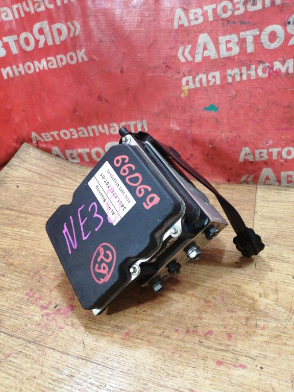 Блок abs Bmw 530I E60 N52B30A 03.2005 3451 6769707-01
