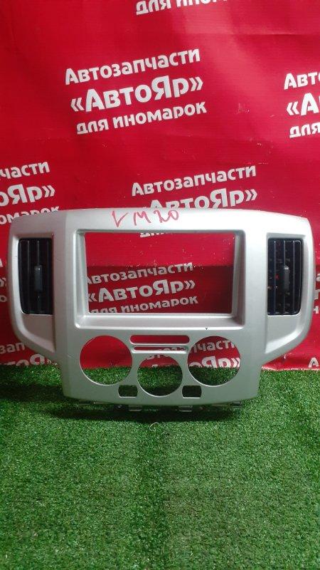 Рамка магнитофона Nissan Nv200 VM20 HR16DE 10.2009 потертость