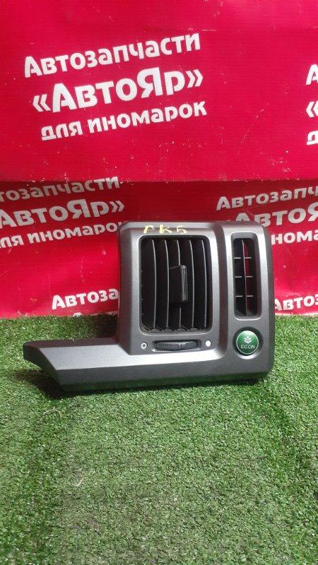 Дефлектор воздушный Honda Stepwgn RK5 R20A 2009 правый дефект крепления